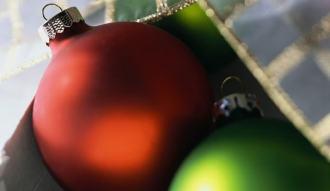 Stwórz własną bombkę świąteczną